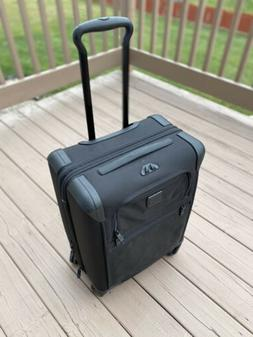 Tumi Alpha 2 Continental Expandable Wheeled Carry-On