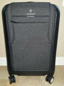 """BLUESMART BLACK EDITION 21"""" CARRY ON SMART LUGGAGE NEW"""
