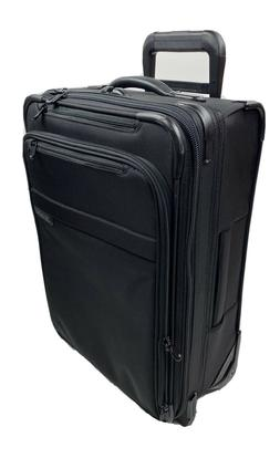 briggs and riley baseline 22 inch expandable