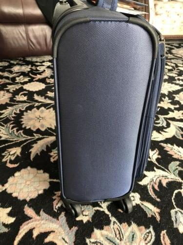 TRAVELPRO Carry-On Spinner 5.3 lb