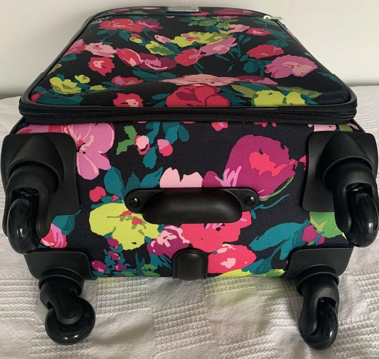 Vera Rolling Luggage Meadow Wheeled