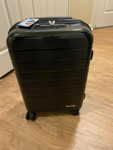 fortis pro usb carry on spinner suitcase
