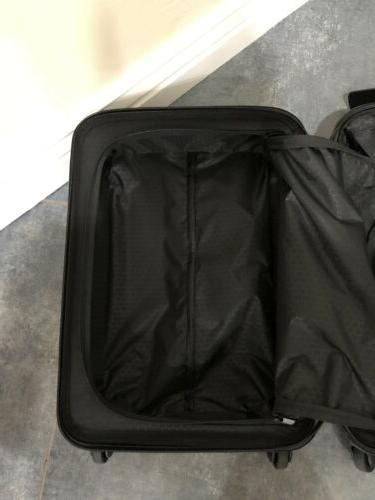 Tumi International Spinner Suitcase Blue